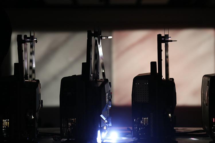 Performance de Total Life et Karl Lemieux dans le cadre de Electronic Sound in a Shifting Landscape (2014) Photo : Sara A. Tremblay