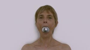 © Chantal duPont, Du front tout le tour de la tête (2000).